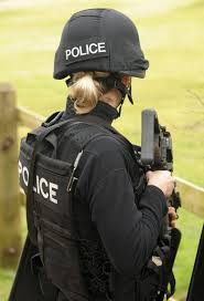 best ideas about police officer uniform police female swat police officer