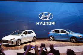 2018 hyundai hatchback. wonderful hatchback 2018 hyundai elantra gt hatchback debuts at chicago auto show   tribune in hyundai