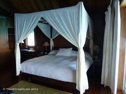 Beautiful Four Poster Canopy Bed 9f17