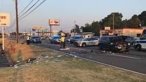 Walmart Warner Robins Police Woman Steals Car From Warner Robins Walmart Wrecks