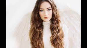 Middle Split Hair Style middle parting hairstyle for long and wavy hair youtube 7771 by wearticles.com