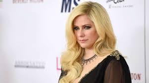 Avril Lavigne Tickets für 2021 2022 Tour. Information über Konzerte, Touren  und Karten von Avril Lavigne in 2021 2022