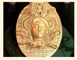 wood carvings of tripura के लिए चित्र परिणाम