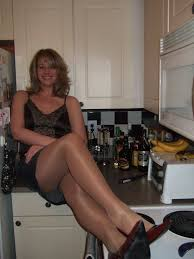 Wife in pantyhose pics