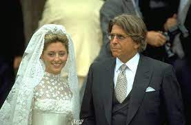 Princess Marie Chantal of Greece on her wedding day, 1st July 1995, with  her father, Robert Miller. She'… | Greek royalty, European royalty, Marie  chantal of greece