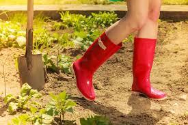 best gardening shoes for women