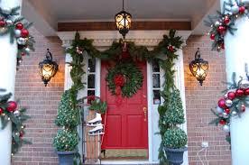 how to hang garland around front doorFront Doors  Cool Garland Around Front Door 130 Mesh Garland