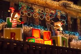 Mission In Lights The 23rd Annual Festival Of Lights The Mission Inn La Weekly