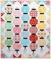 """Blogged 😀 Outback Wife Courthouse Steps Quilt ... in progress ... & """"Glow Happy"""" Lantern Quilt (free pattern available) Adamdwight.com"""
