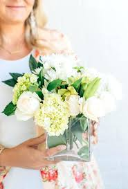 white flower centerpieces white