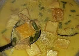Kamu bisa membikin sayur santan pucuk labu menggunakan 9 bahan dan cara membuat 5. Resep Sayur Santan Kuning Yang Enak Banget