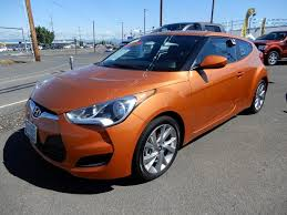 pre owned 2018 hyundai veloster base