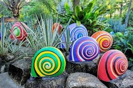 Garden rock decor ideas