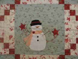 Gingerbread Girl's Quilting Adventures: Decorating for Christmas ... & ... the month pattern by Bunny Hill Designs. I completed this quilt  sometime in January or February of this year (2011). This quilt is hand  appliqued and ... Adamdwight.com
