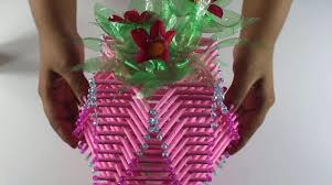 Flower Vase With Paper How To Make Amazing Flower Vase Using Paper Rolls Simple Craft Ideas