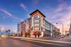 downtown las vegas apartments for