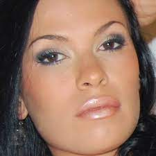 Jodi Hickman: Model - Hawaii, USA - StarNow