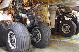 Boeing Landing Gear Design Down And Dirty Boeing 747 400 Nose Landing Gear San