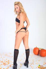 Sarah Peachez Hardcore