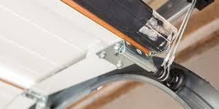 repairing garage doors across illinois