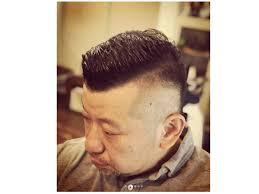 ケンコバの最新髪型は後ろも刈り上げのショート頼み方やセット方法