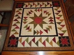 12 best Migrating Geese images on Pinterest | Projects, Appliques ... & Table Topper or Wall Hanging or Mini Quilt by WillowRidgeQuilts Adamdwight.com
