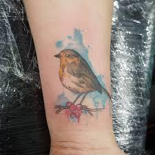 56 превосходных варианта тату на запястье для стильных девушек и их