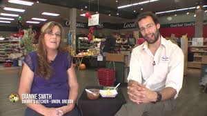 Dianne Smith with Dianne's Salsa at Giving Thanks to Local Business Day at  Nature's Pantry - YouTube