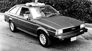 Toyota Corolla SR5 Liftback TE72 '1980–83 - YouTube