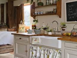Small Rustic Kitchen Small Farmhouse Sink Bathroom Old Farmhouse Kitchens Small