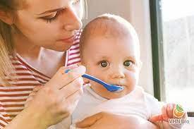 Cách cho bé 7 - 9 tháng tuổi ăn dặm từ thịt bò-Viện Dinh dưỡng VHN Bio