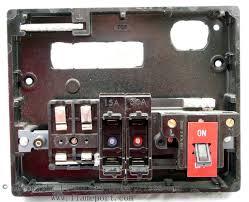 memera 3 four way plastic rewireable fusebox Fuse Box Fuses internal view of a memera 3 plastic fusebox, fuses removed fuse box fuse holder