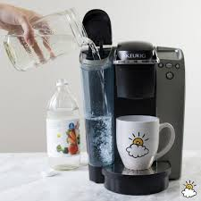 how to clean a keurig with diluted vinegar