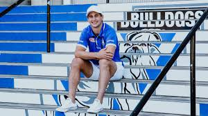 May 20, 2021 · james murdoch has started a 'whispering campaign' about his brother and rival lachlan's ability to lead fox news. Lachlan Lewis Extends His Contract With The Bulldogs Until The End Of 2021 Bulldogs