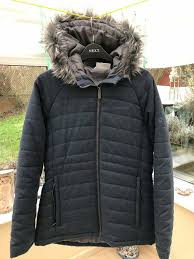craghoppers las coat in uk size 10 zip fastening with faux fur lined hood almost new