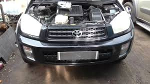 Toyota RAV4 2002 4D4 diesel changing starter motor...Hot starting ...