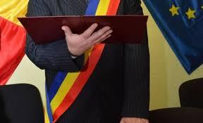 Primar din Timiş, VEDETĂ PORNO pe... - Antena 3 - Breaking News | Facebook