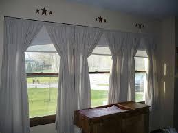 3 windows in a row