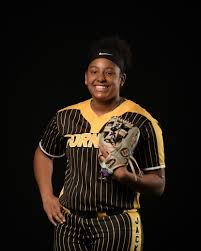 Softball player of the week (April 11): Forney's Vanessa Hollingsworth