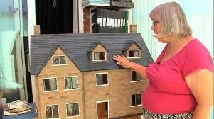 Hasil gambar untuk Roofing a Dollhouse
