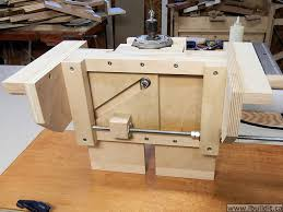 make this router lift for your router table or mount it in a table saw