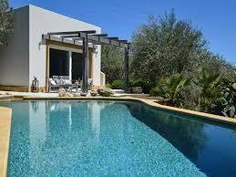 infinity pool house. Trabia House Rental Infinity Pool I