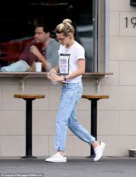 keeping it cool kristen stewart went to the oaks gourmet in los angeles with some