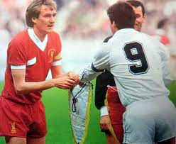 "Santillana [part of Real Madrid's team that lost the 1981 European Cup  Final to Liverpool]: ""In 1981, Liverpool were favorites and English  football dominated Europe. Now, Real Madrid are favorites because they"