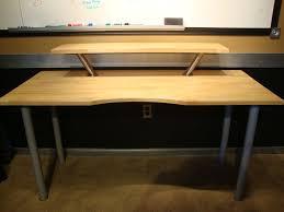 Introduction: Simple Desk