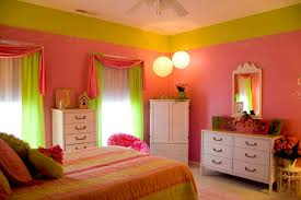 Pink And Green Walls In A Bedroom Bedroom Doesnt Feel Like Mine Anymore