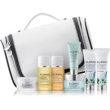 elemis kit luxury skin and body traveller collection worth 118 05 mankind