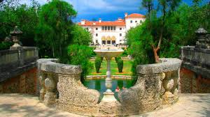 the foundation of the museo di villa vizcaya dates back to 1953 when the building was opened to the public and the miami dade county art museum got its