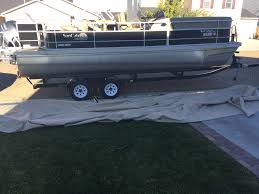 decide on a pontoon boat trailer with this breakdown