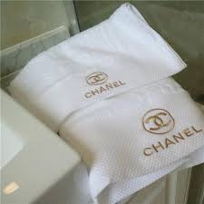 luxury brand towel x letter gold thread embroidery towel 2 pieces suit skin friendly soft white bath towel top grade